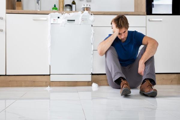 تخلیه نشدن ماشین ظرفشویی