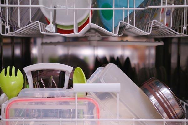 سر و صدای ماشین ظرفشویی