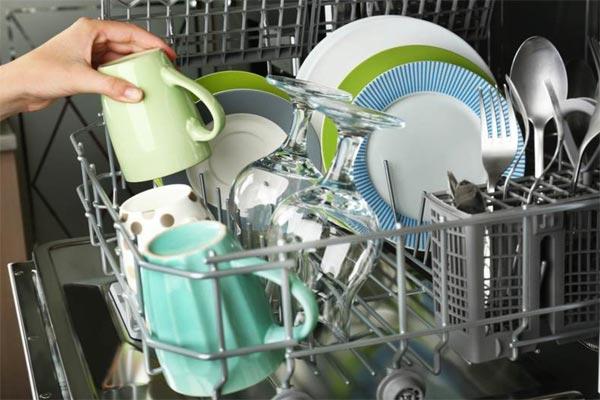 خشک نشدن ظروف درون ماشین ظرفشویی پس از شستشو